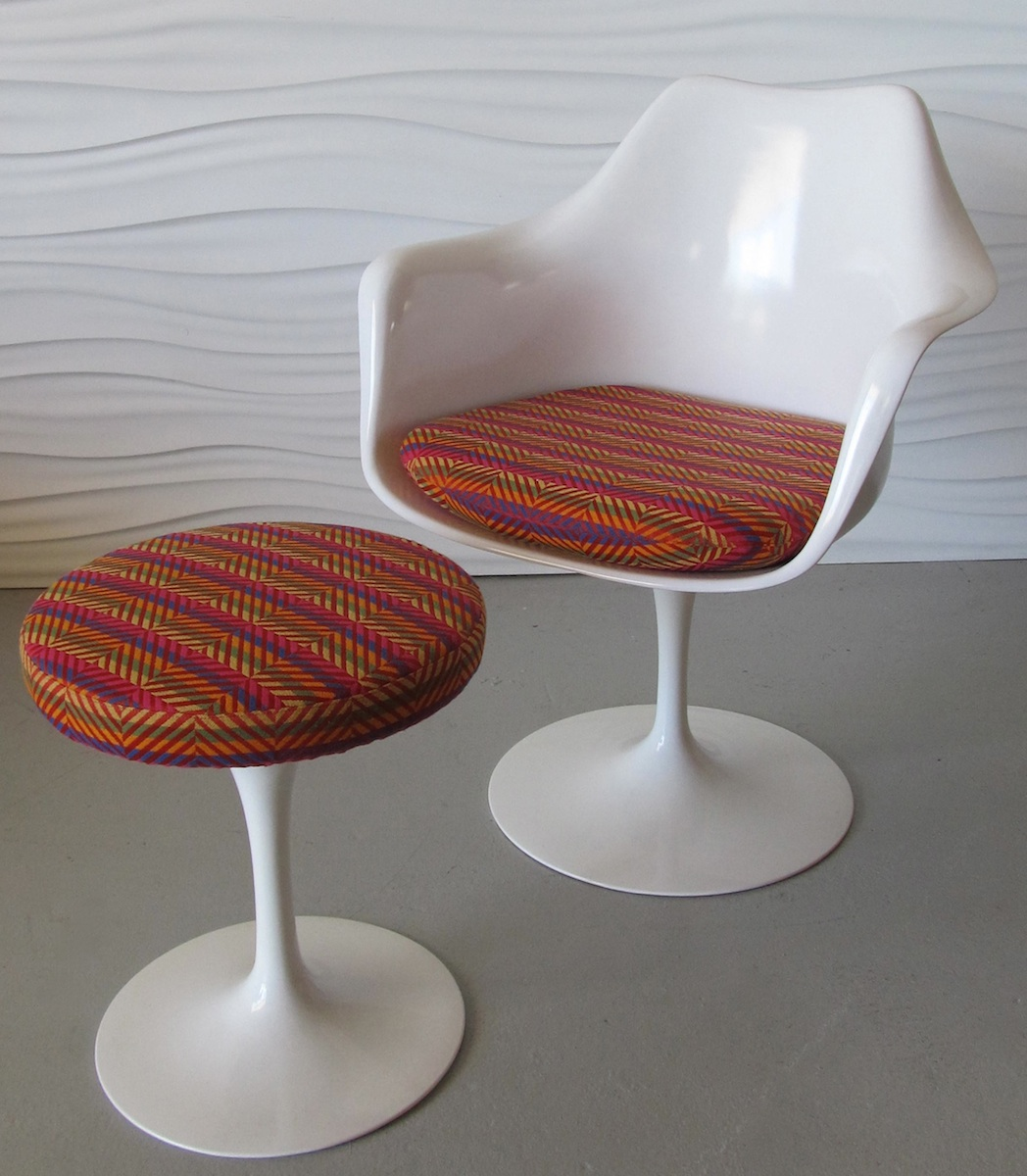 The transformation ... & Saarinen Tulip Chair u0026 Stool | Modern Chair Restoration