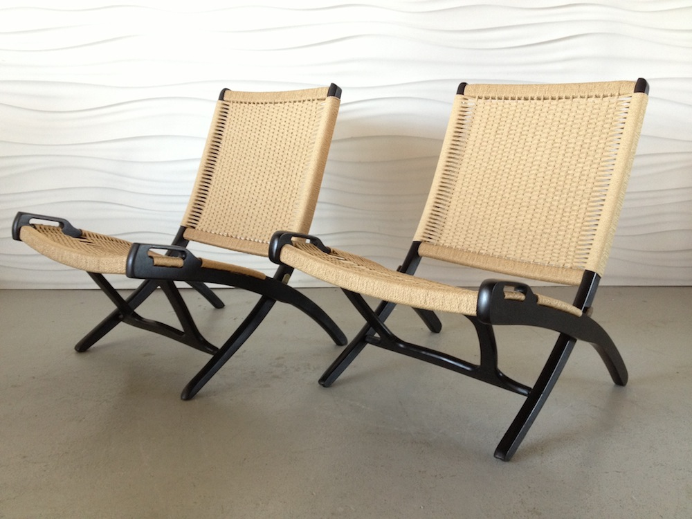 Roped Folding Chairs, Yugoslavia Edition